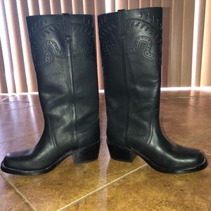 Steve Madden Leather boots.